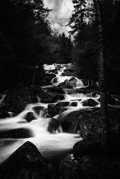 Cascades no.4
