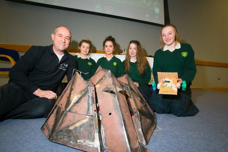 Pictured at WIT (Waterford Institute of Technology) at Engineers Week are Ian Watts from The University of Brighton, Shannon Wall, Aimee Flemming, Saoirse Sinnott and Sorcha Walkden from St. Marys Secondary School, New Ross with Or-Te Robot from Robot Wars. Picture: Patrick Browne