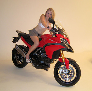 Multistrada 1200 Model Photo Shoot