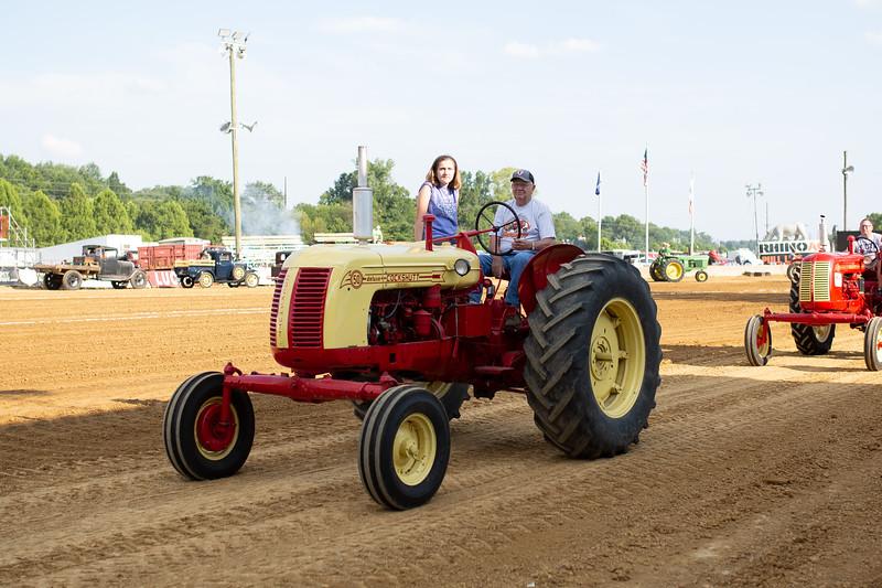Antique Tractor Parade-42.jpg