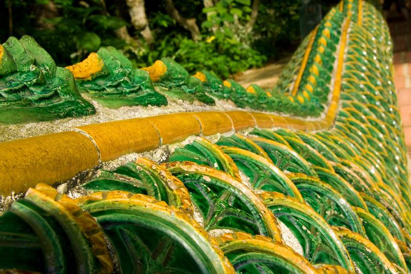 scales-of-a-snake_3041715899_o.jpg