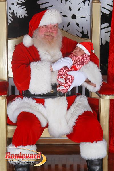 Santa 12-17-16-293.jpg