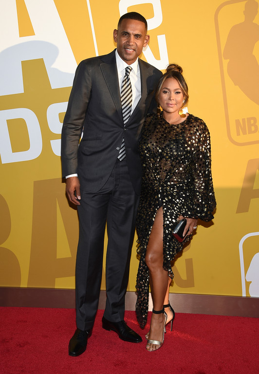 . Grant Hill, left, and Tamia arrive at the NBA Awards at Basketball City at Pier 36 on Monday, June 26, 2017, in New York. (Photo by Evan Agostini/Invision/AP)