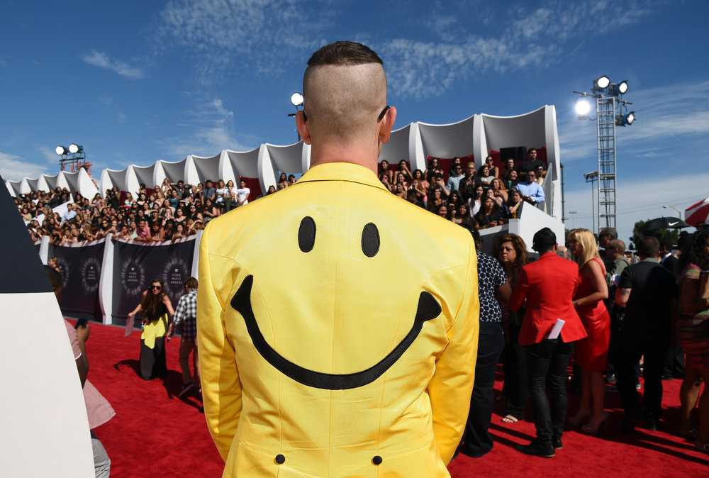 . Fashion designer Jeremy Scott attends the 2014 MTV Video Music Awards at The Forum on August 24, 2014 in Inglewood, California.  (Photo by Larry Busacca/Getty Images for MTV)