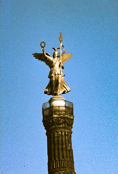 T16-Berlin1-041.jpg
