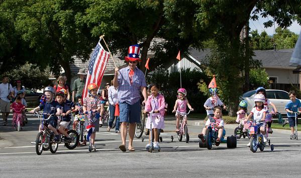 July-4th-2008-Celebration-Sunnyvale-CA-Cumberland-South-Neighborhood