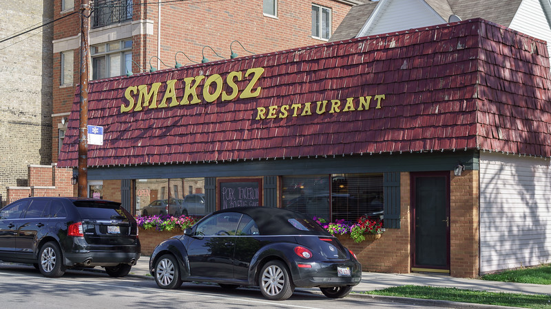 Smakosz Restaurant and the Bug