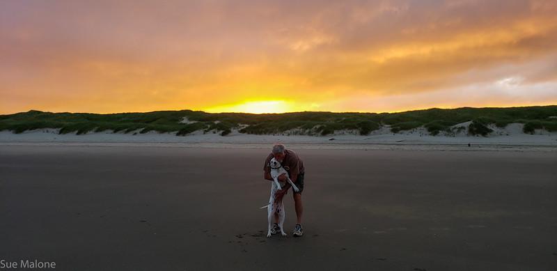 Beach sunrise-6.jpg