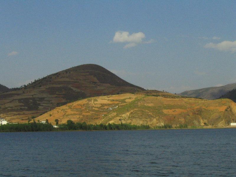 Hills surrounding Erhai Hu.