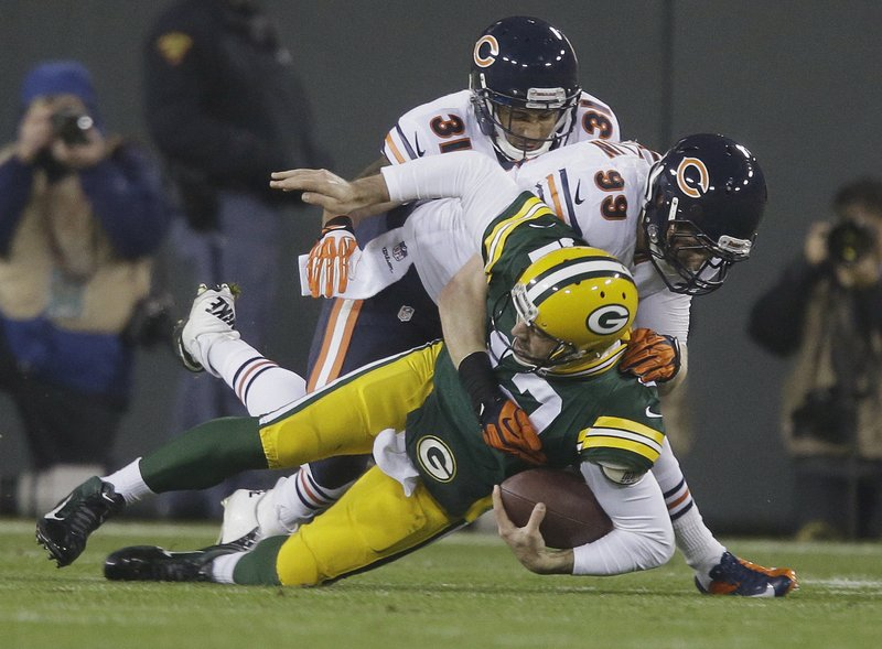 """. <p>7. (tie) AARON RODGERS <p>You just KNOW Brett Favre has been laughing since Monday night. (unranked) <p><b><a href=\'http://www.twincities.com/sports/ci_24458836/aaron-rodgers-has-fractured-collarbone-could-miss-month?source=hottopics\' target=\""""_blank\""""> HUH?</a></b> <p>   (AP Photo/Jeffrey Phelps)"""