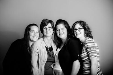 D1057 Austin Women