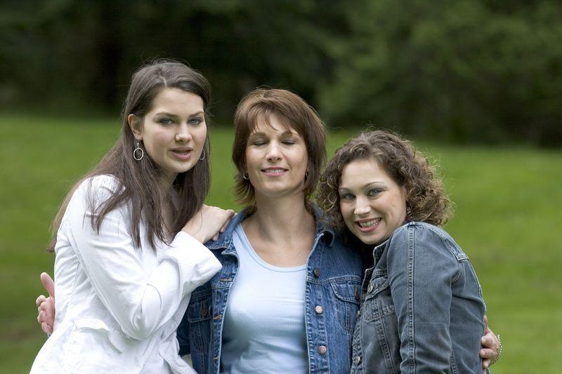 Family_T016.jpg