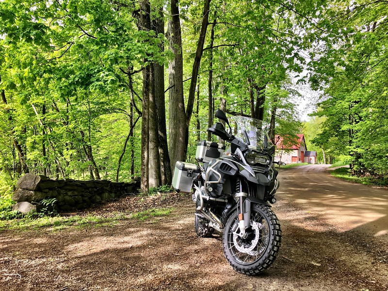 BMW GSA dirt road barn.jpg