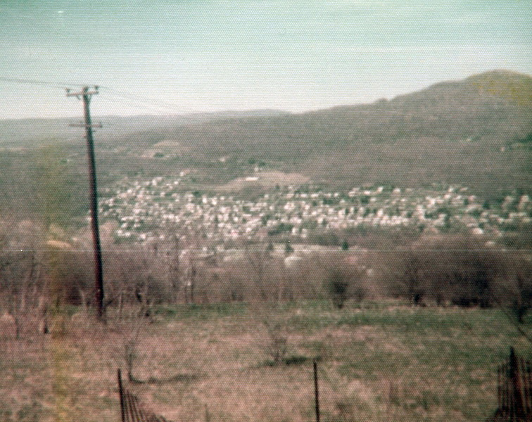 121183-ALB-1977-2-204.jpg