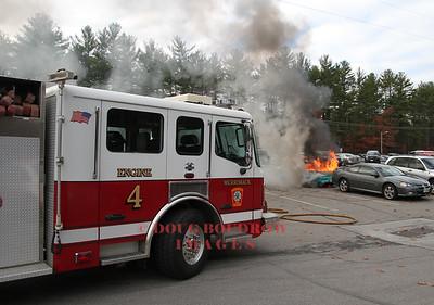 Merrimack, NH - Vehicle Fire, 38 Mcelwain Street, 11-17-16