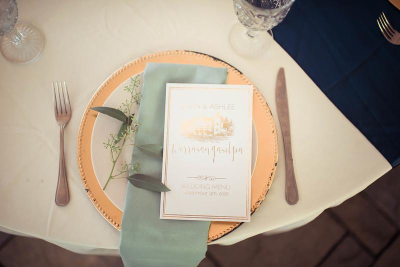 Seattle Wedding Photographer-895.jpg