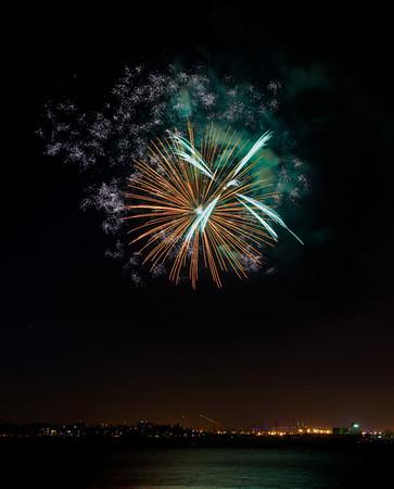 San Pedro CA Fireworks 7/4/2008