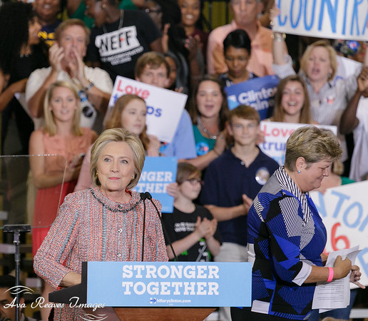 Hillary Clinton Returns to the  Campaign Trail