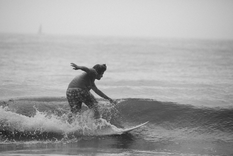 Surf_BW_030.jpg