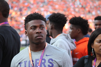 Auburn game recruit gallery