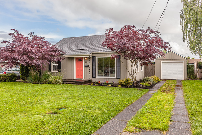 202 NW 15th,  McMinnville OR