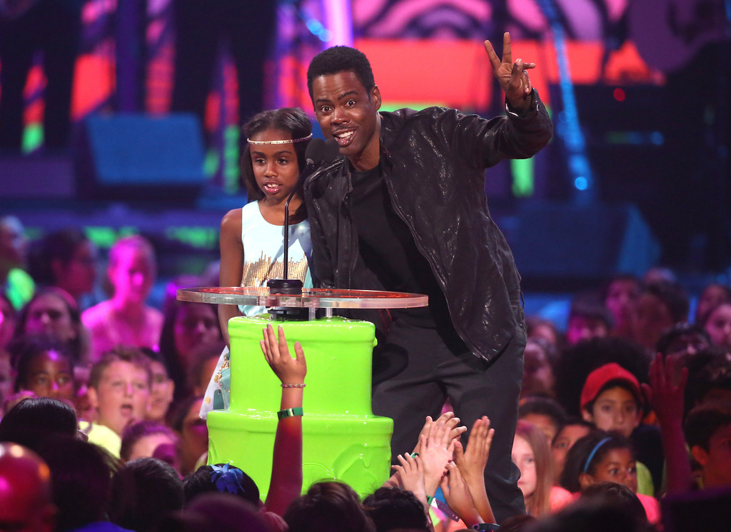 . Lola Simone Rock, left, and Chris Rock present the favorite TV actress award at the 27th annual Kids\' Choice Awards at the Galen Center on Saturday, March 29, 2014, in Los Angeles. (Photo by Matt Sayles/Invision/AP)