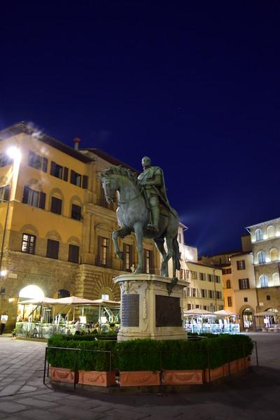 Statue of Cosimo I, Piazza della Signoria