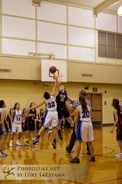 Iolani Girls JV Basketball 12/10/2011