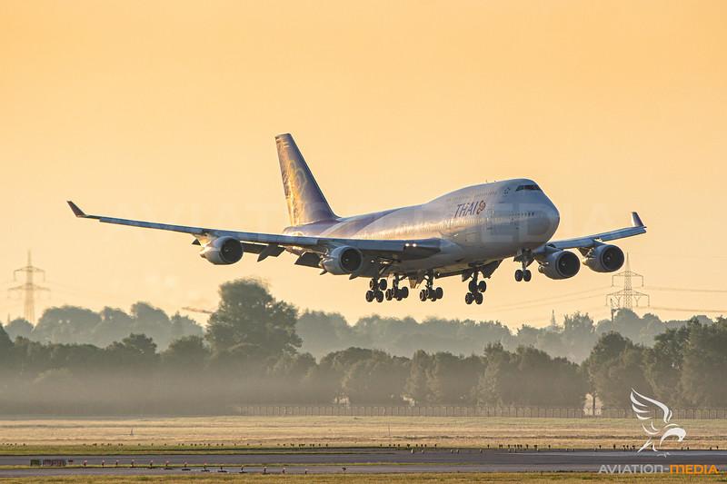 Thai Airways / Boeing 747-400 / HS-TGY