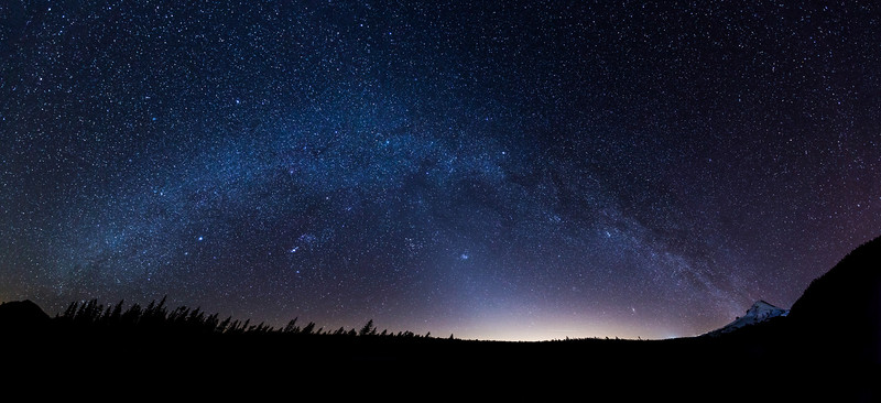 mt hood milky way final 1 file.jpg