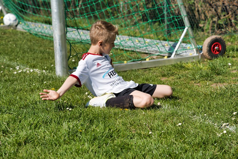 hsv-fussballschule---wochendendcamp-hannm-am-22-und-23042019-w-10_47677903742_o.jpg