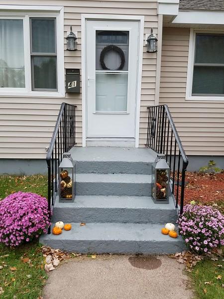 Fall porch - end.jpg