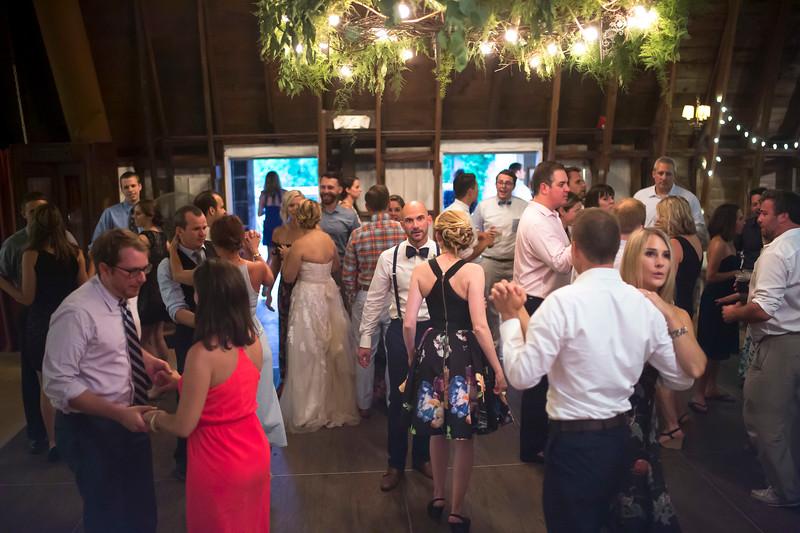 Garrett & Lisa Wedding (704).jpg