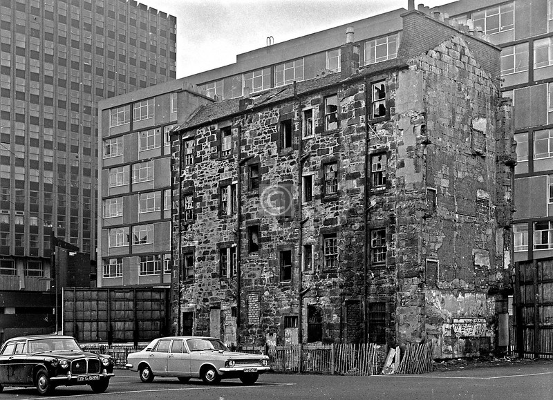 This remnant of a tenement block faced on to George St. between Shuttle St. and Albion St.   March 1973