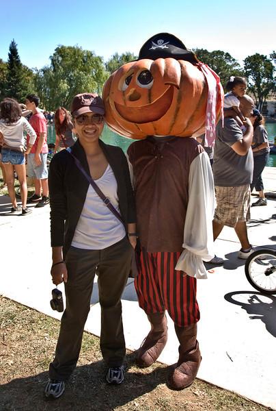 Pumpkin_head.jpg