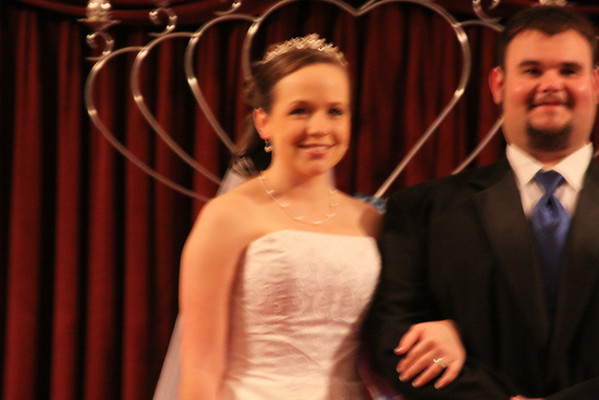 Eric and Kearstin Peterson first couple married in 2011