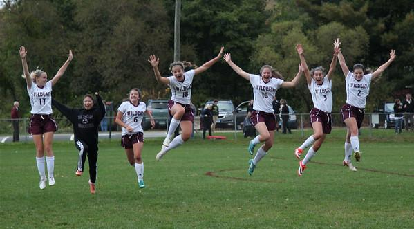 Varsity Girls Soccer vs Brookfield - 10/09/2014