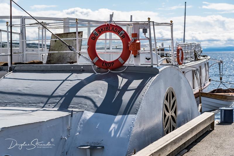 Visiting the DS Skibladner, a midship paddlewheeler.