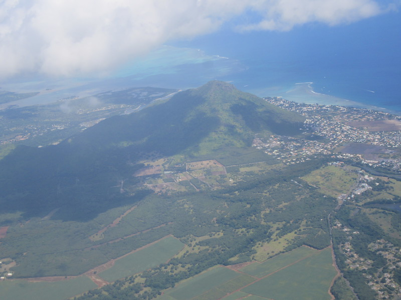 006_Mauritius Island. Relatively young geologically, created by volcanic activity 8 million years ago.JPG