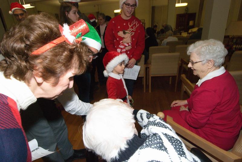 2016-12-14-Community-Christmas-Caroling_017.jpg