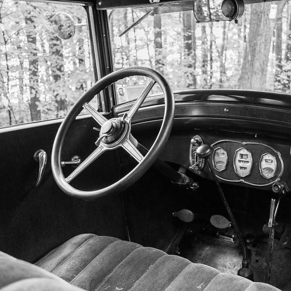 1928 Buick B&W-3.jpg