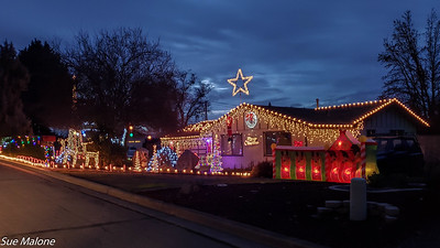 12-19-2020 Christmas Lights in Grants Pass