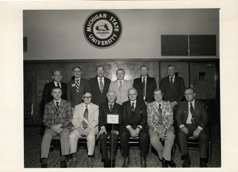 1953 Graduating Class MSU Vet school.jpeg