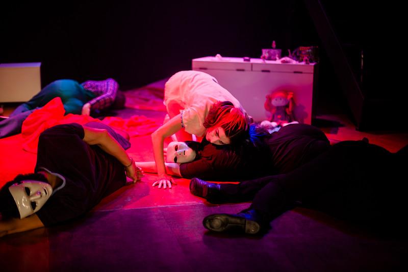 Allan Bravos - essenCIA Teatro - Persona 07-9.jpg