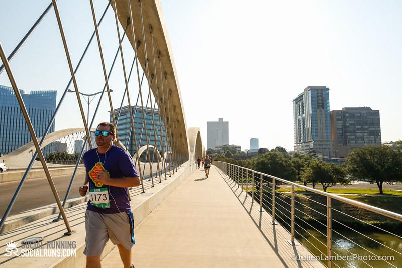 Fort Worth-Social Running_917-0387.jpg