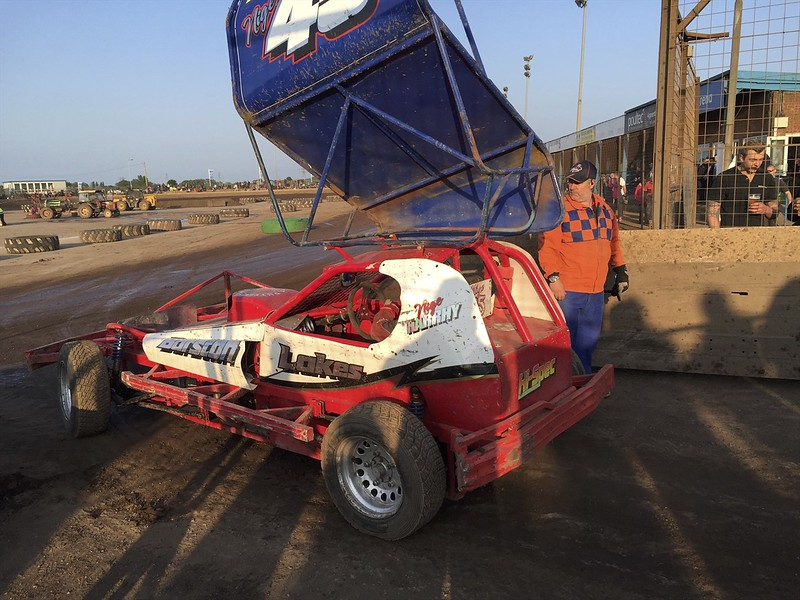 The BriSCA F1 stock cars are one of my favorite U.K. racing divisions.
