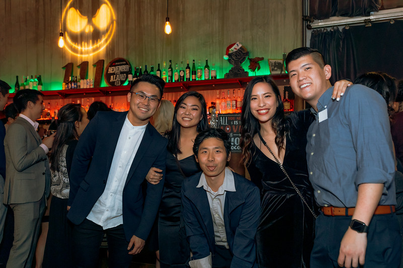 2019-12-06_OhSnapVisuals_CrunchyRoll_HolidayParty_CARD2_0100.jpg