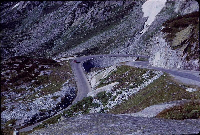 1965 08 AAT Grimsel Pass Alps 2.jpg