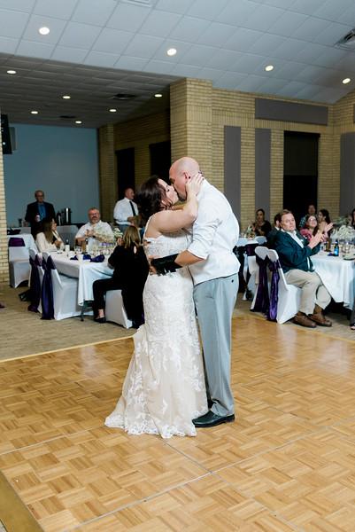 chateau-on-the-river-trenton-michigan-wedding-0395.jpg