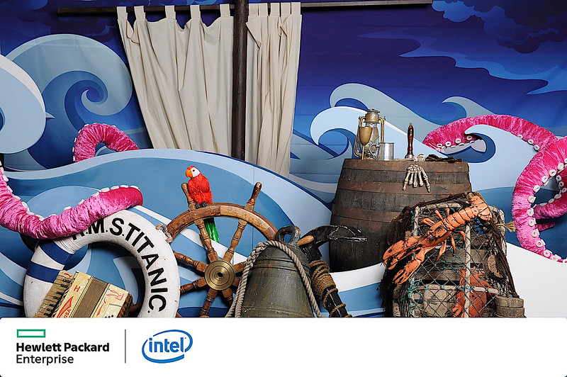 Under-the-sea-Intel-06.jpg